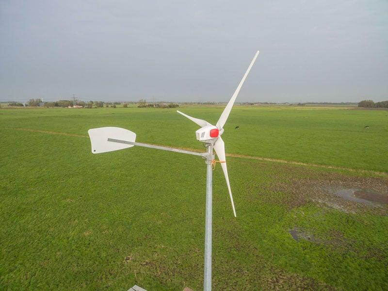braun-antaris-kleine-windmolen